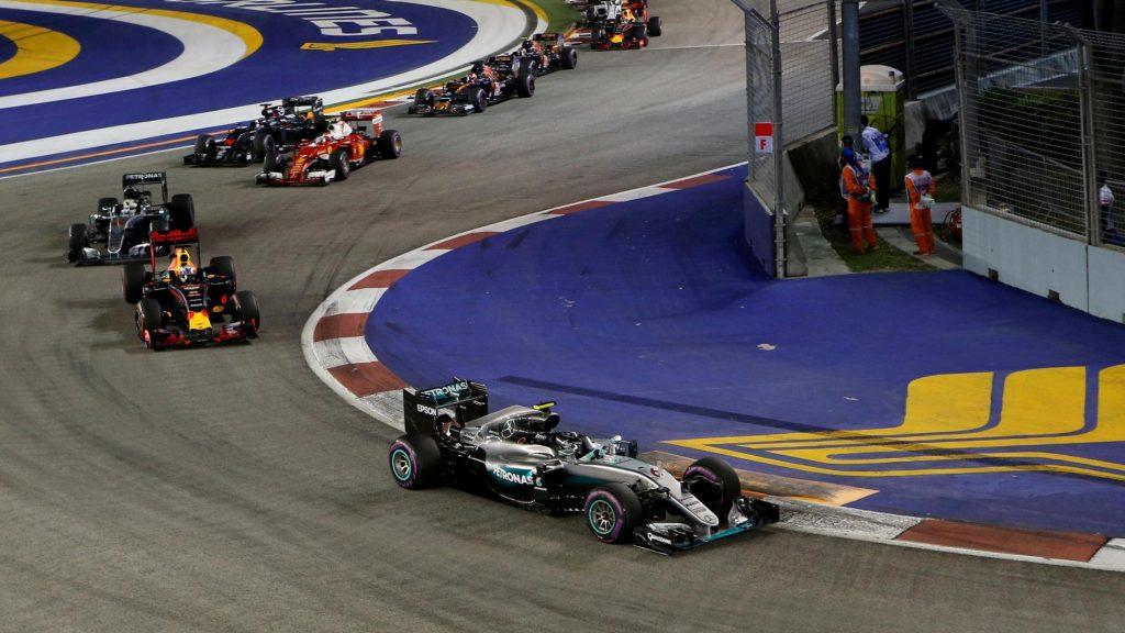F1 Singapore: un magistrale Rosberg conquista la vittoria