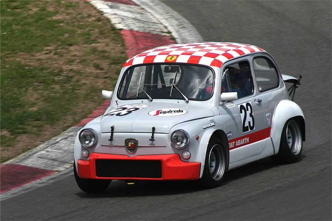 Auto Storiche La Fiat 600 Giornale Motori